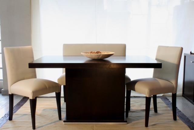 Muebles universo for Mesas cuadradas de madera